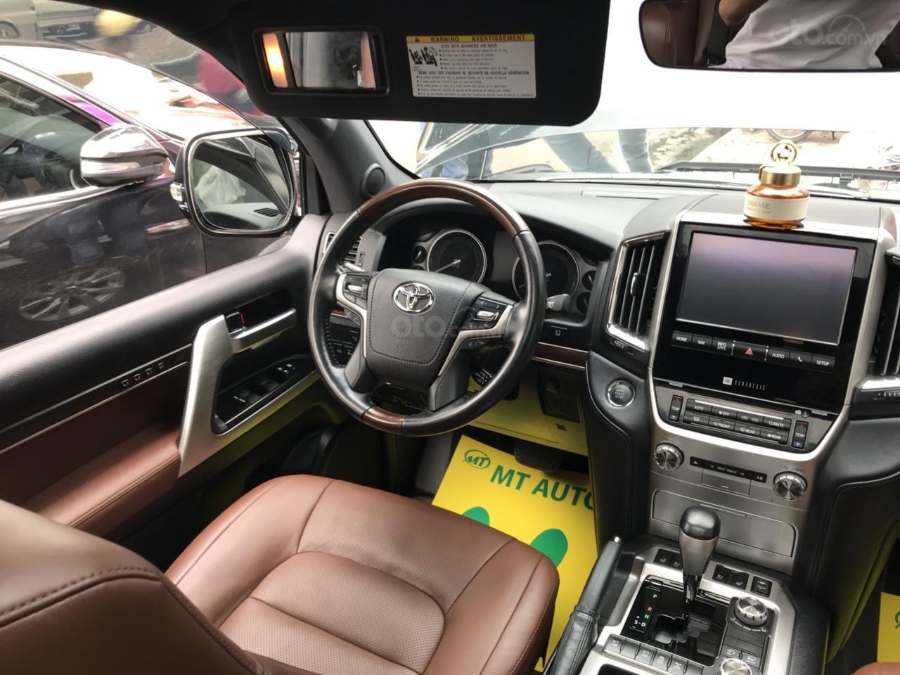 MT Auto bán Toyota Land Cruiser V8 5.7 SX 2016, xe mới 100% màu đen, xe nhập Mỹ nguyên chiếc - LH em Hương 0945392468-15