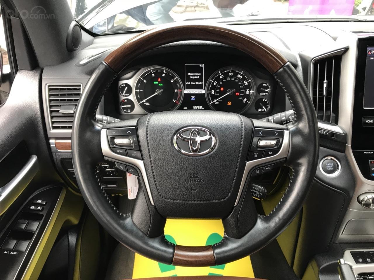 MT Auto bán Toyota Land Cruiser V8 5.7 SX 2016, xe mới 100% màu đen, xe nhập Mỹ nguyên chiếc - LH em Hương 0945392468-18