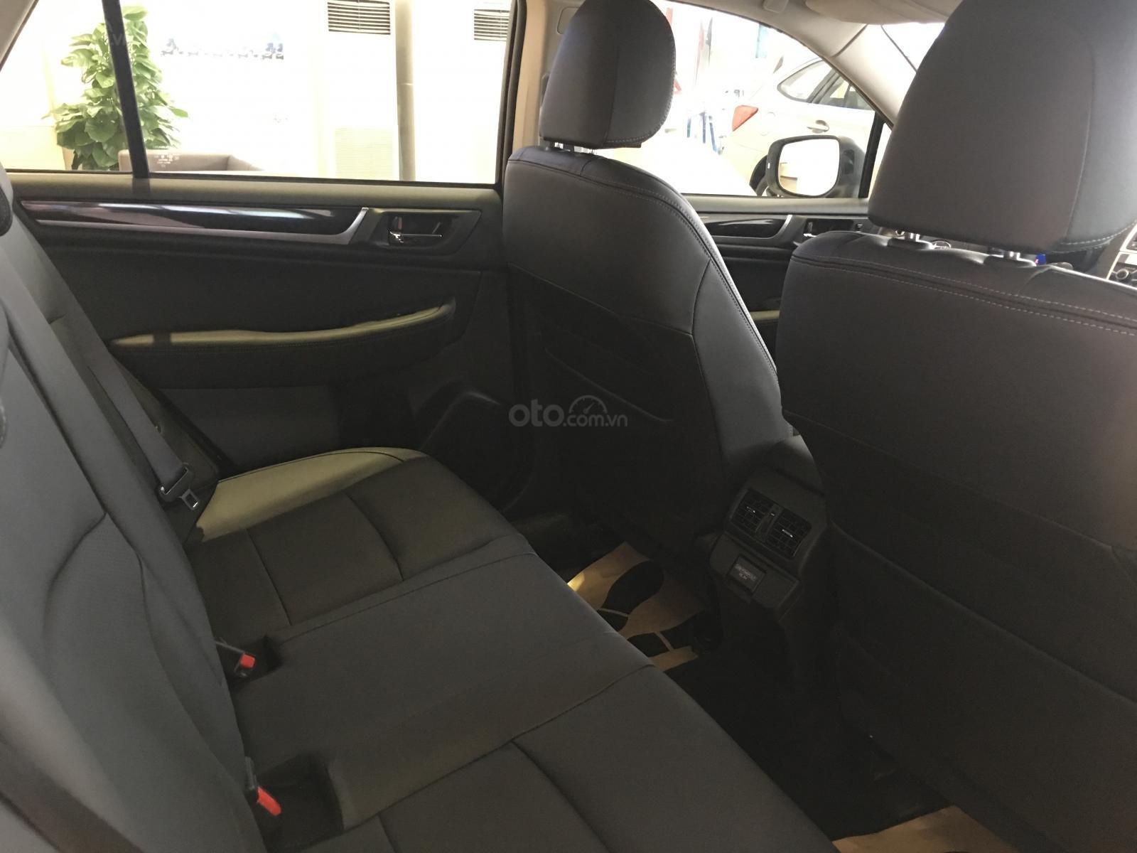 Bán Subaru Outback 2.5 EyeSight tại miền Trung, màu trắng, nhập khẩu nguyên chiếc từ Nhật Bản (10)