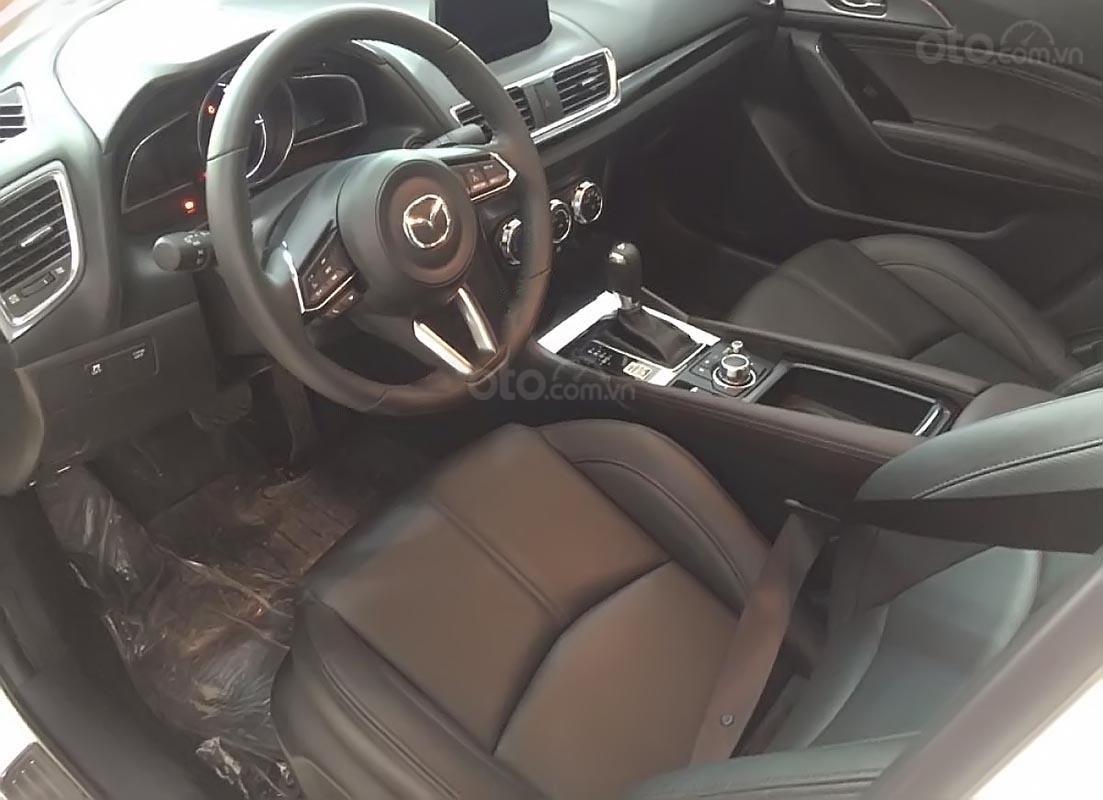 Bán Mazda 3 năm sản xuất 2019, màu đỏ, giá chỉ 667 triệu-1
