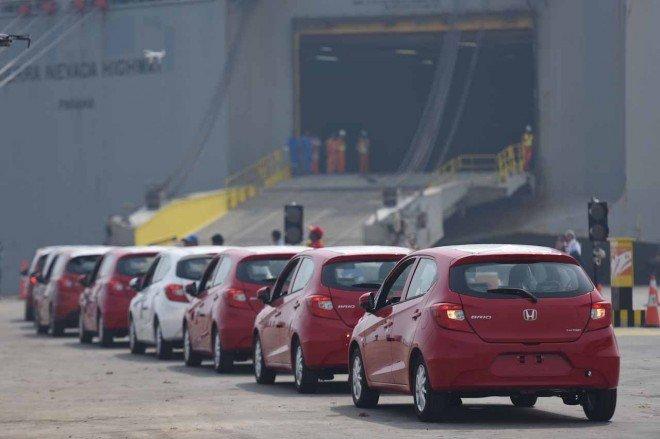 """Honda Brio """"ồ ạt"""" cập cảng Philippines, sẽ về Việt Nam trong nay mai?."""