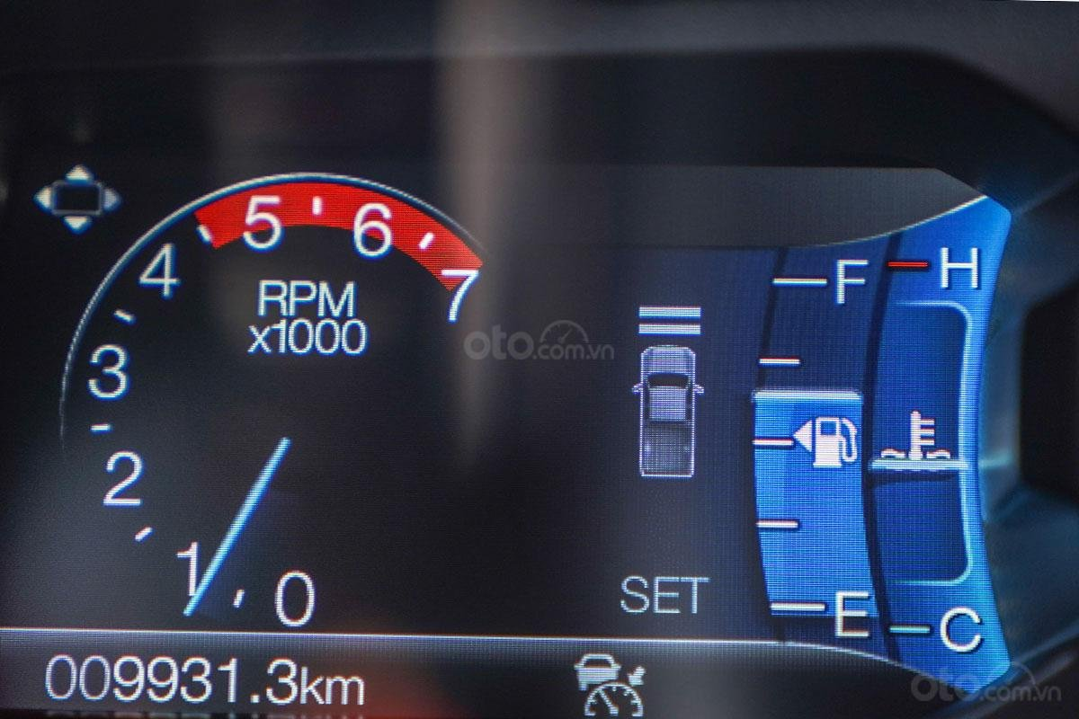 Vận hành Ford Ranger Wildtrak 4x4 2019: Hệ thống giữ khoảng cách xe 1.
