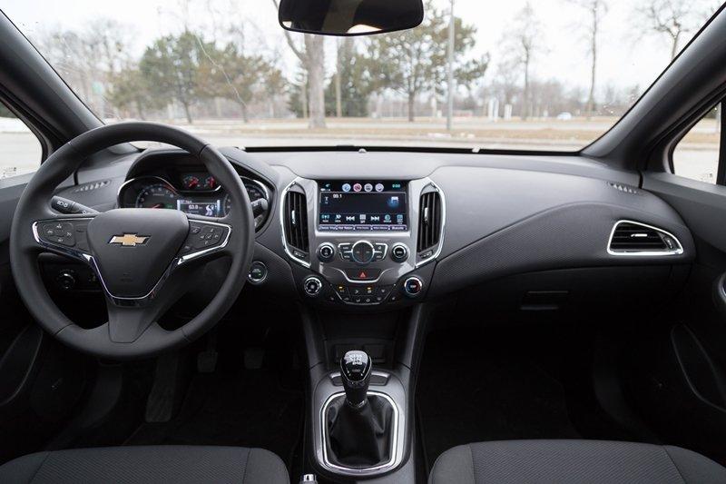 Nội thất xe Chevrolet Cruze 2018 được đánh giá rất cao