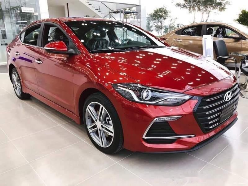 Cần bán Hyundai Elantra 2019, màu đỏ giá cạnh tranh-0