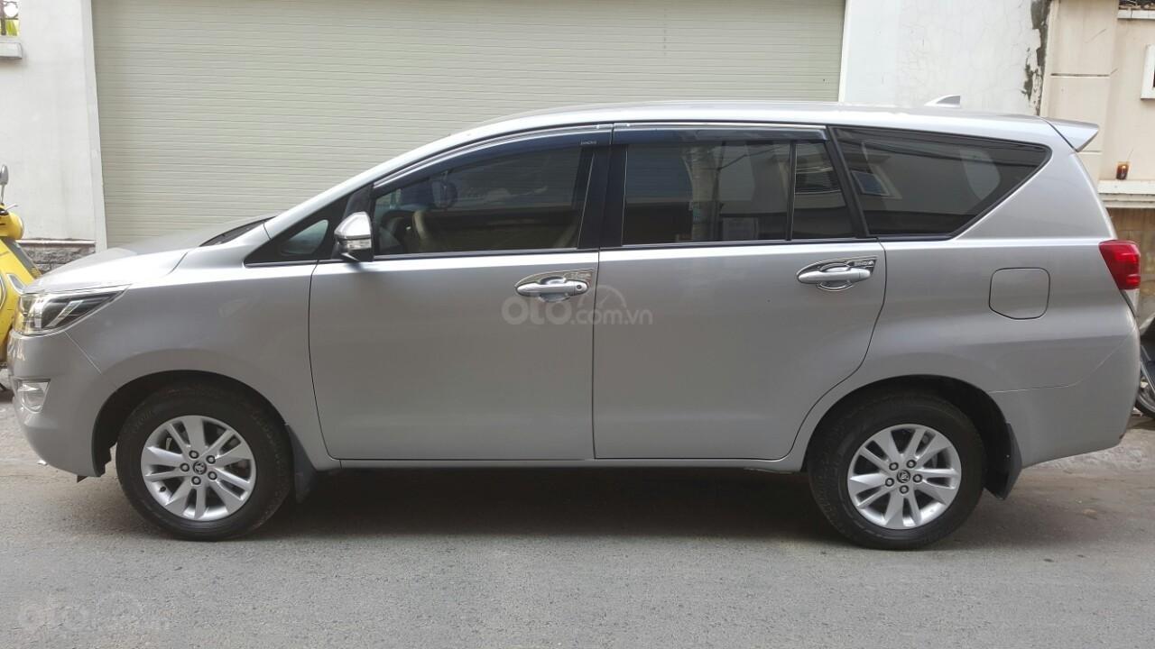 Bán xe Toyota Innova E 2017 xe mới 98% nhà sử dụng kỹ. Liên hệ: 0942892465 Thanh-2