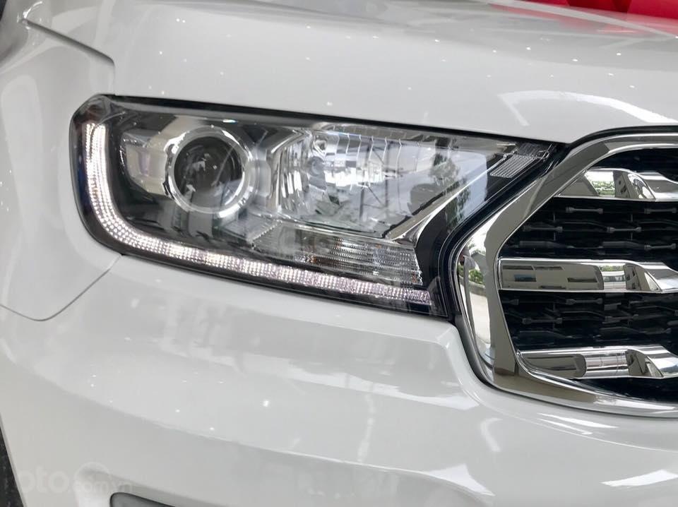 Ford Everest 2.0L Titanium 2019, đủ màu. Tặng BHVC + Phim. LH: 0902172017 - Em Mai-3