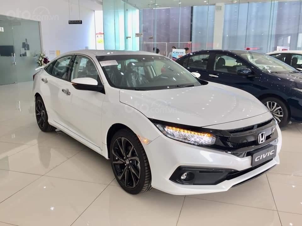 Cần bán Honda Civic RS 2019, xe nhập Thái, giao ngay kèm khuyến mại cực kỳ ưu đãi (5)