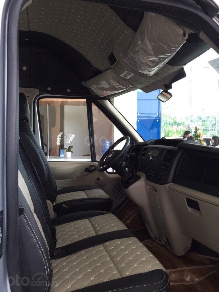 Ford Transit sx 2019 giao ngay, tặng BHVC, hợp đen, la phong, lót sàn-2