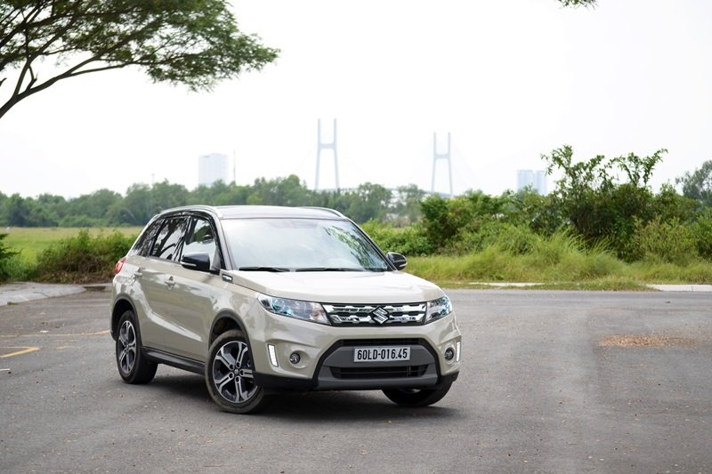 Giá xe Suzuki Vitara 2018 hiện tại là bao nhiêu?