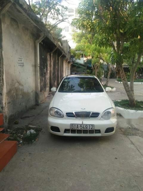 Cần bán gấp Daewoo Lanos sản xuất 2005, màu trắng-0