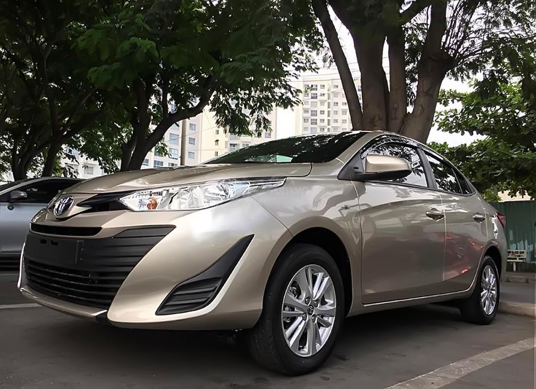 Cần bán Toyota Vios 1.5E đời 2019, màu vàng, giá 501tr-0