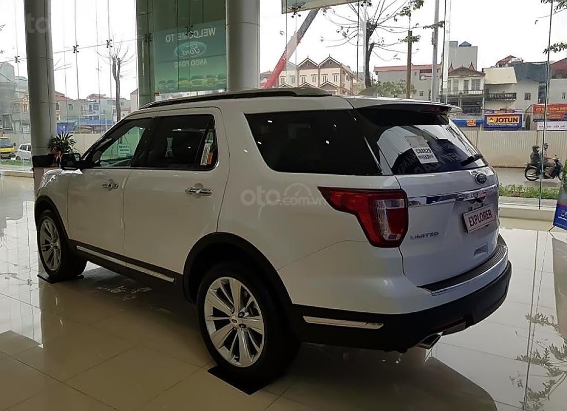 Cần bán xe Ford Explorer Ecoboosst năm sản xuất 2018, màu trắng, nhập khẩu-0