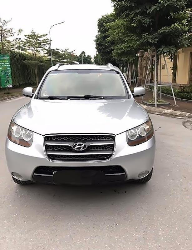 Cần bán xe Hyundai Santa Fe đời 2007, màu bạc chính chủ  (2)