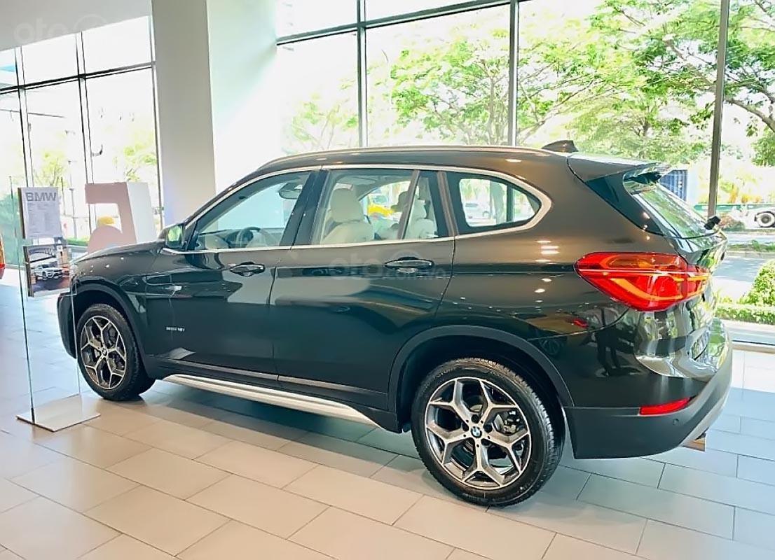 Cần bán xe BMW X1 sDrive18i sản xuất năm 2018, màu nâu, xe nhập-1