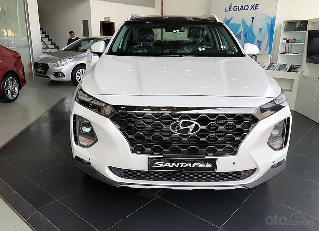 Bán xe Hyundai Santa Fe 2.2L HTRAC năm sản xuất 2019, màu trắng-0