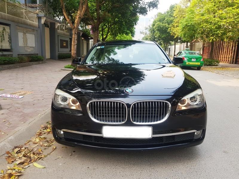 Cần bán gấp BMW 7 Series 730i sản xuất năm 2011, màu đen, xe nhập như mới-1