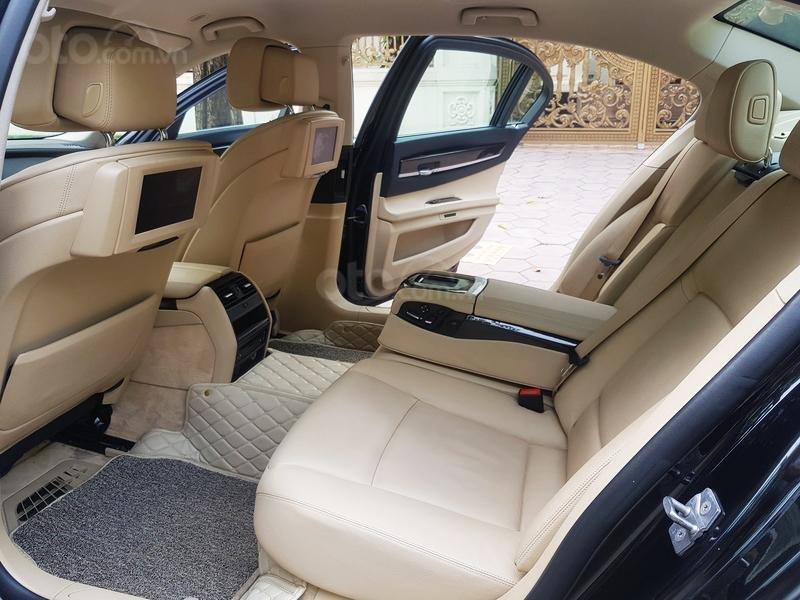 Cần bán gấp BMW 7 Series 730i sản xuất năm 2011, màu đen, xe nhập như mới-6