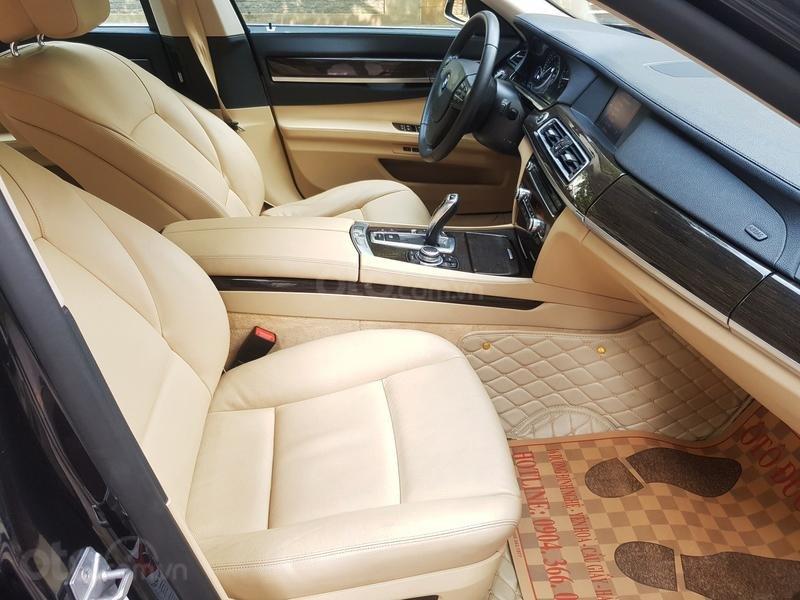Cần bán gấp BMW 7 Series 730i sản xuất năm 2011, màu đen, xe nhập như mới-10