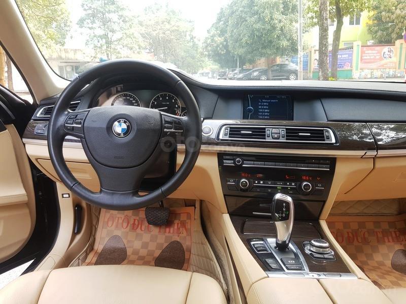 Cần bán gấp BMW 7 Series 730i sản xuất năm 2011, màu đen, xe nhập như mới-11