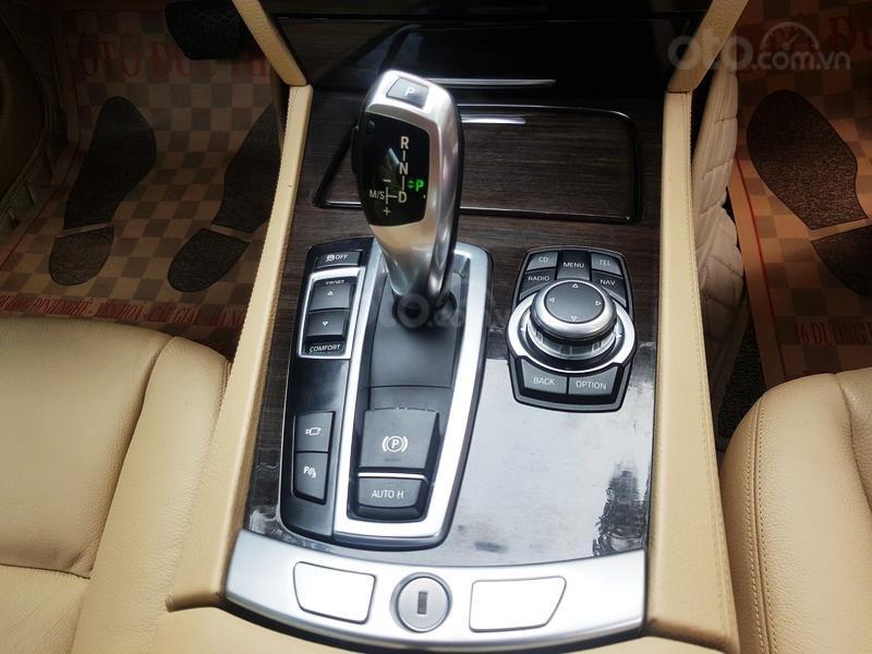 Cần bán gấp BMW 7 Series 730i sản xuất năm 2011, màu đen, xe nhập như mới-7