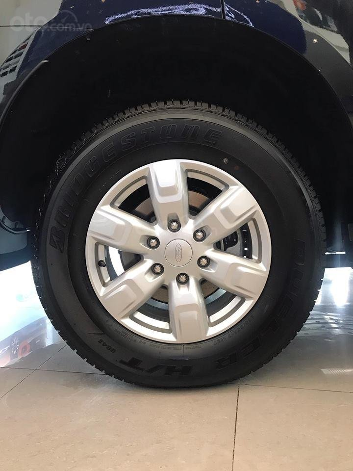 Bán Ford Everest Ambiente 2.0 AT (4x2), năm sản xuất 2019, đủ màu, giao xe ngay, hotline 0981272688-4
