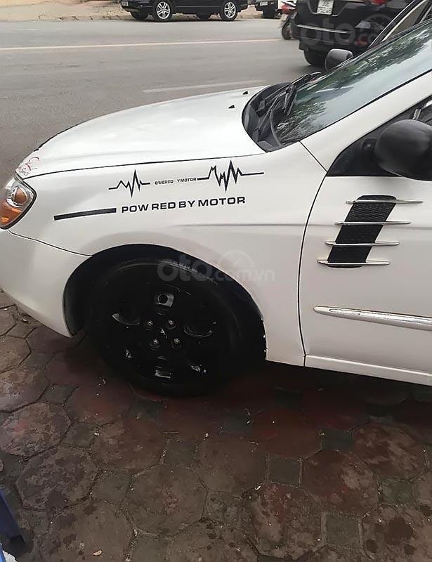 Cần bán Kia Cerato năm sản xuất 2008, màu trắng, xe bảo dưỡng định kì, đăng kiểm 01/2020-1