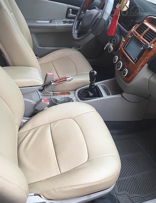 Cần bán Kia Cerato năm sản xuất 2008, màu trắng, xe bảo dưỡng định kì, đăng kiểm 01/2020-4