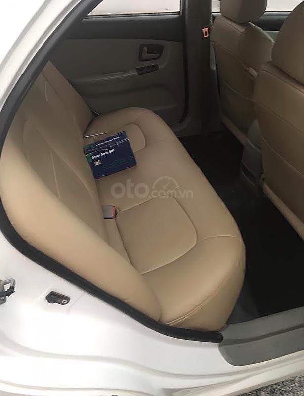 Cần bán Kia Cerato năm sản xuất 2008, màu trắng, xe bảo dưỡng định kì, đăng kiểm 01/2020-3