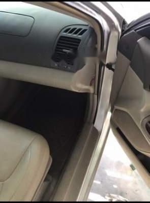 Cần bán Toyota Camry năm 2003, 290 triệu (3)