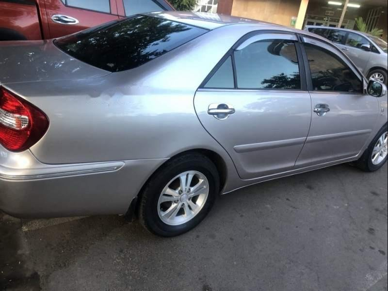 Cần bán Toyota Camry năm 2003, 290 triệu (1)