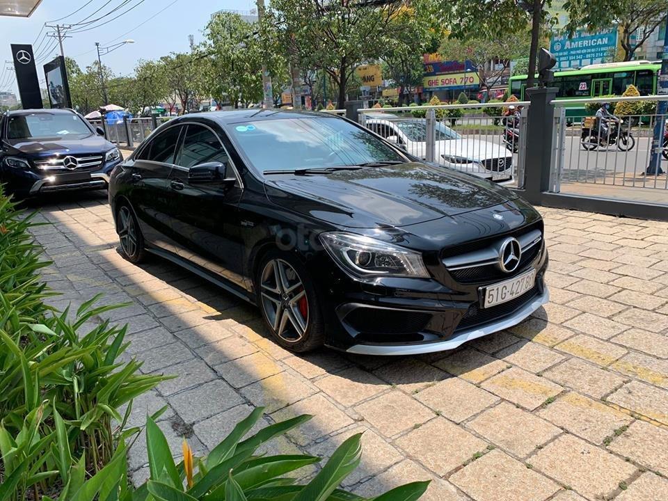 Bán xe Mercedes CLA45 đen nội thất đen 2014 chính hãng, trả trước 450 triệu nhận xe ngay-1