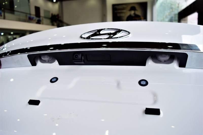 Bán Hyundai Grand i10 năm 2019, màu trắng, giá tốt (5)