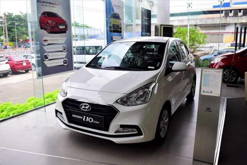 Bán Hyundai Grand i10 năm 2019, màu trắng, giá tốt (1)