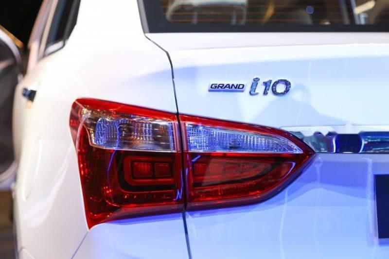 Bán ô tô Hyundai Grand i10 đời 2019, nhập khẩu, xe giá thấp, còn mới, giao nhanh (3)