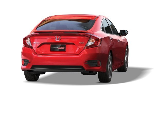 Đánh giá xe Honda Civic 1.5 RS 2019 về thiết kế đuôi xe.