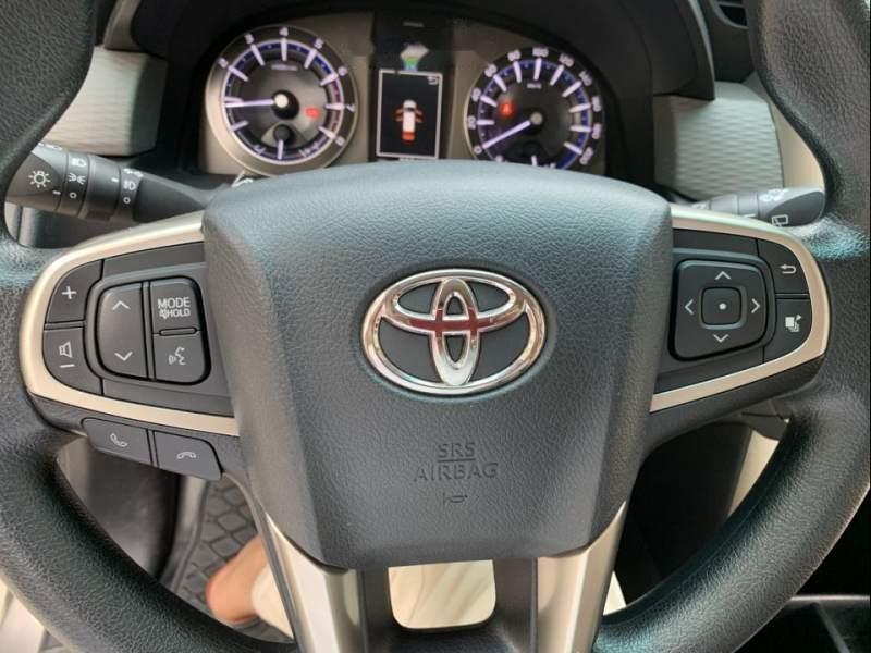 Bán Toyota Innova đời 2016, xe chính chủ còn mới, giá ưu đãi (3)