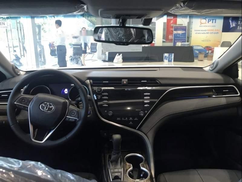 Bán xe Toyota Camry 2019, màu trắng, nhập khẩu  -3