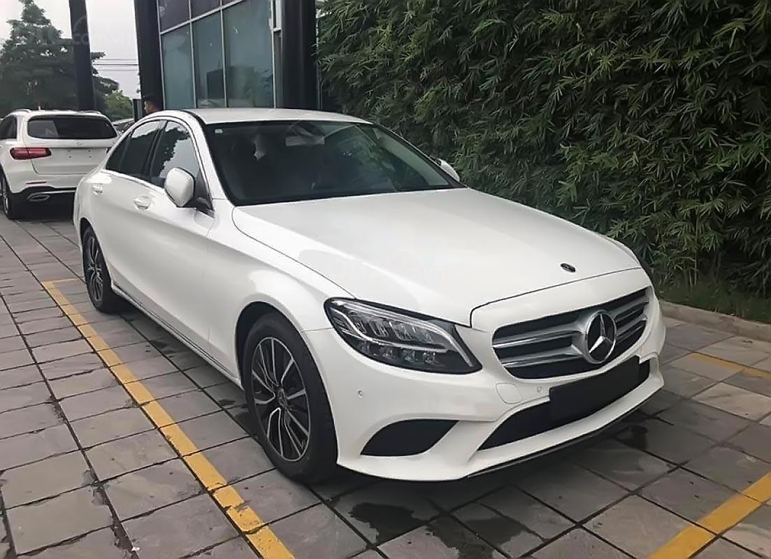 Bán xe Mercedes C200 2019, màu trắng-0