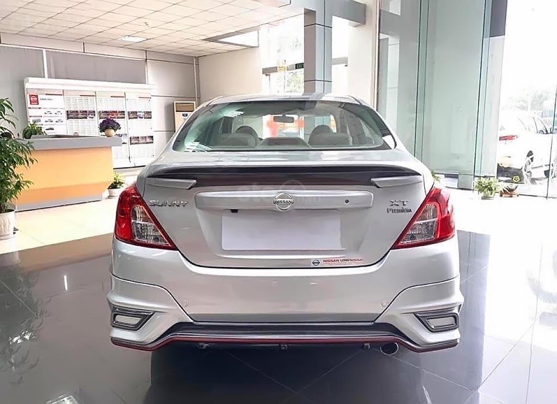 Bán Nissan Sunny XT Premium đời 2019, màu bạc, giá cạnh tranh-0