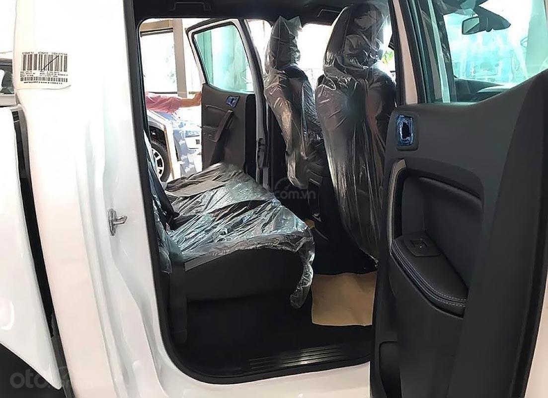 Bán ô tô Ford Ranger Raptor 2.0L 4x4 AT 2019, màu trắng, xe nhập-1
