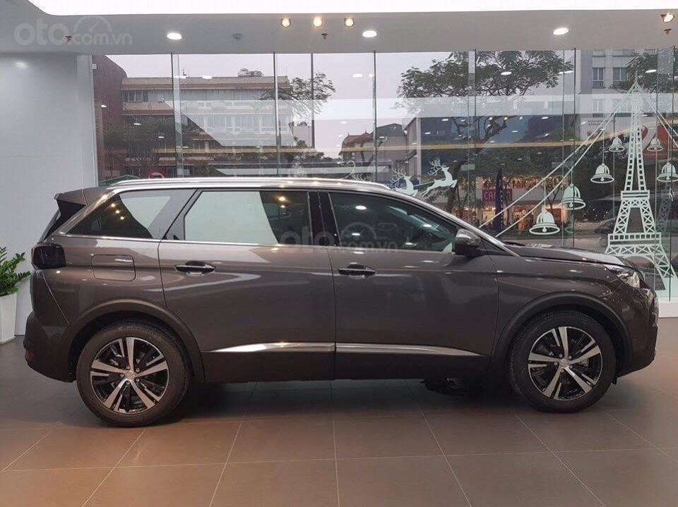 Cần bán Peugeot turbo tăng áp đời 2019, màu xám-6