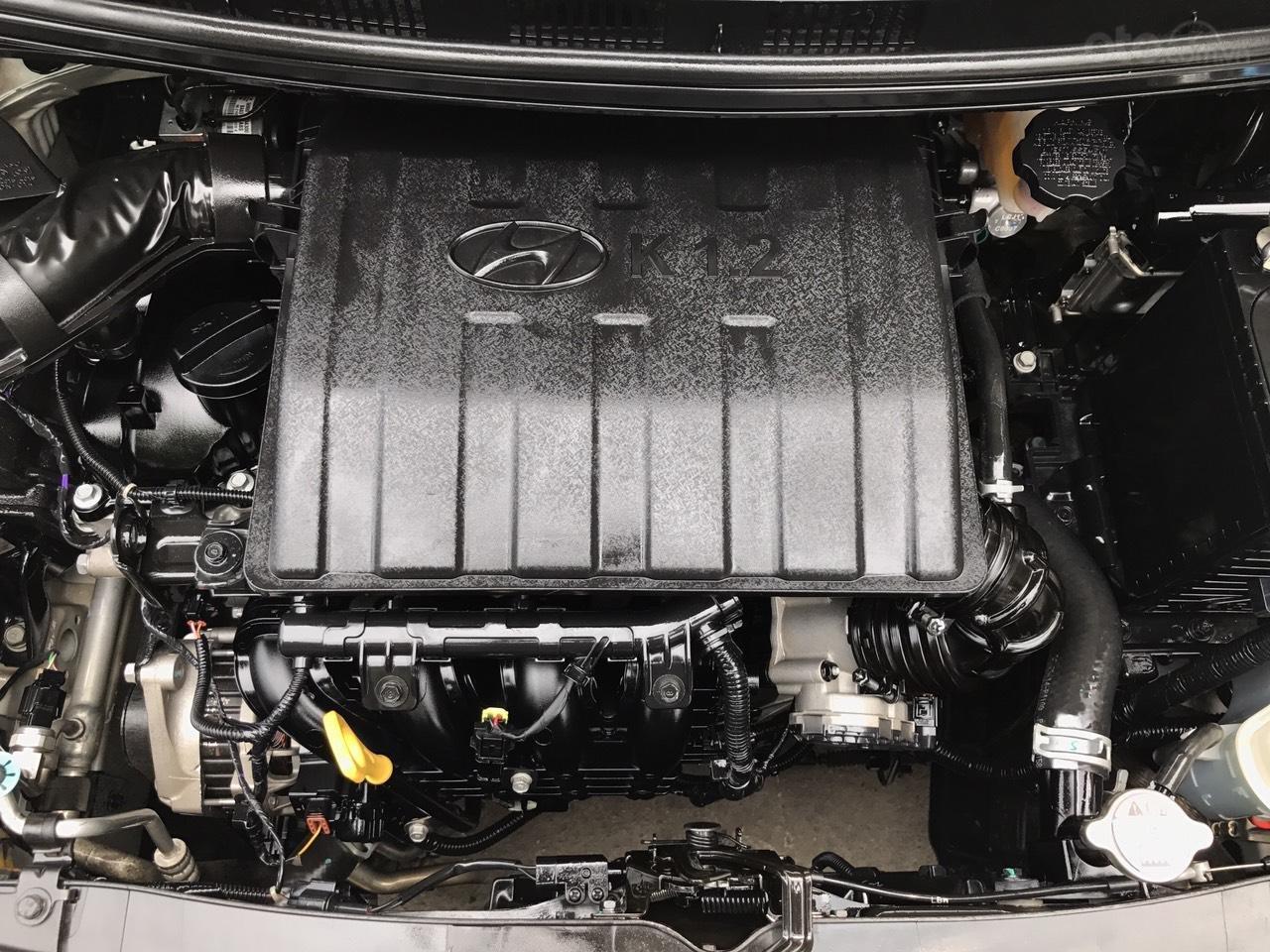 Cần bán xe Hyundai Grand i10 1.2 Sport 2016, màu bạc, nhập khẩu, siêu lướt-7