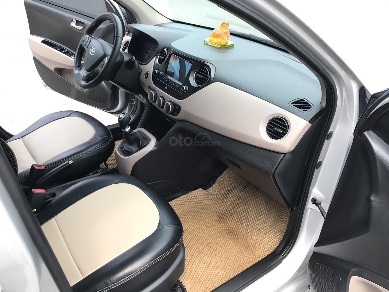 Cần bán xe Hyundai Grand i10 1.2 Sport 2016, màu bạc, nhập khẩu, siêu lướt-6