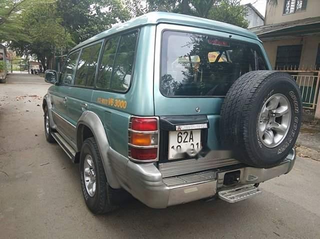 Bán Mitsubishi Pajero năm 2000, màu xanh lam còn mới (2)