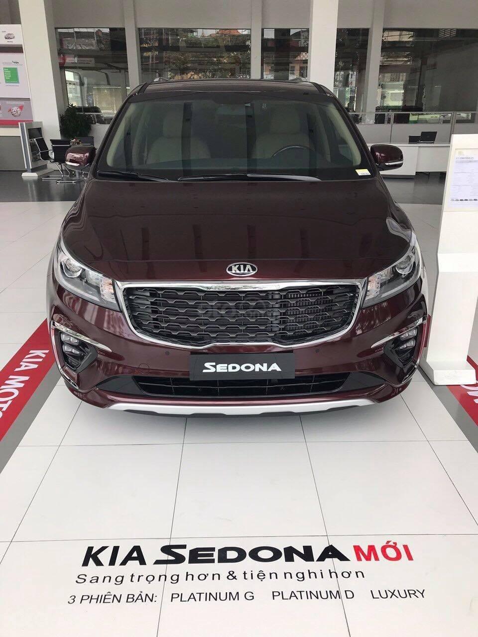 Kia Sedona 2019 xe rộng rãi giá cả phù hợp cho mọi gia đình, trả trước 380tr nhận xe-0