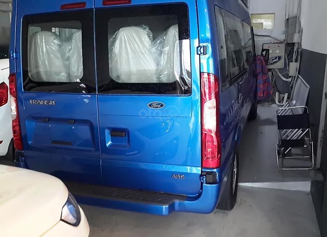 Bán xe Ford Transit Luxury 2019, màu xanh lam-1