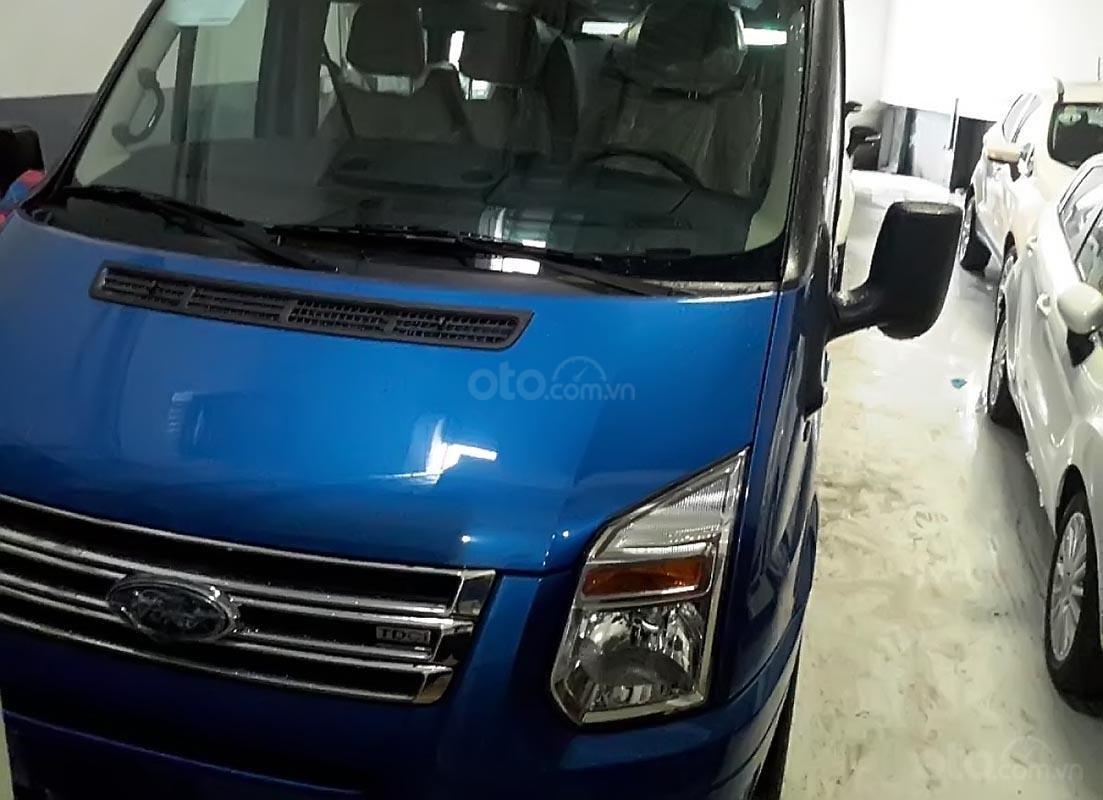 Bán xe Ford Transit Luxury 2019, màu xanh lam-0