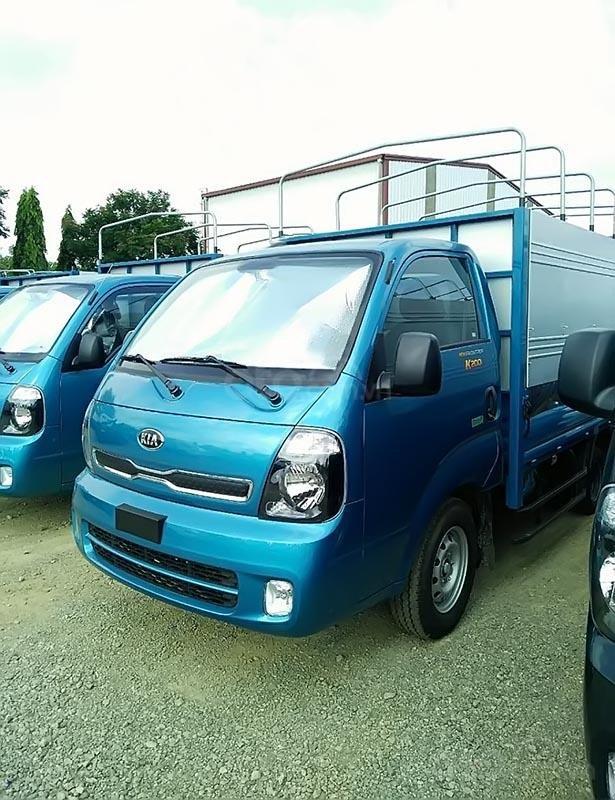 Bán xe tải Kia K200 Thaco 2019, số tay, máy dầu, màu xanh, nội thất màu ghi-1