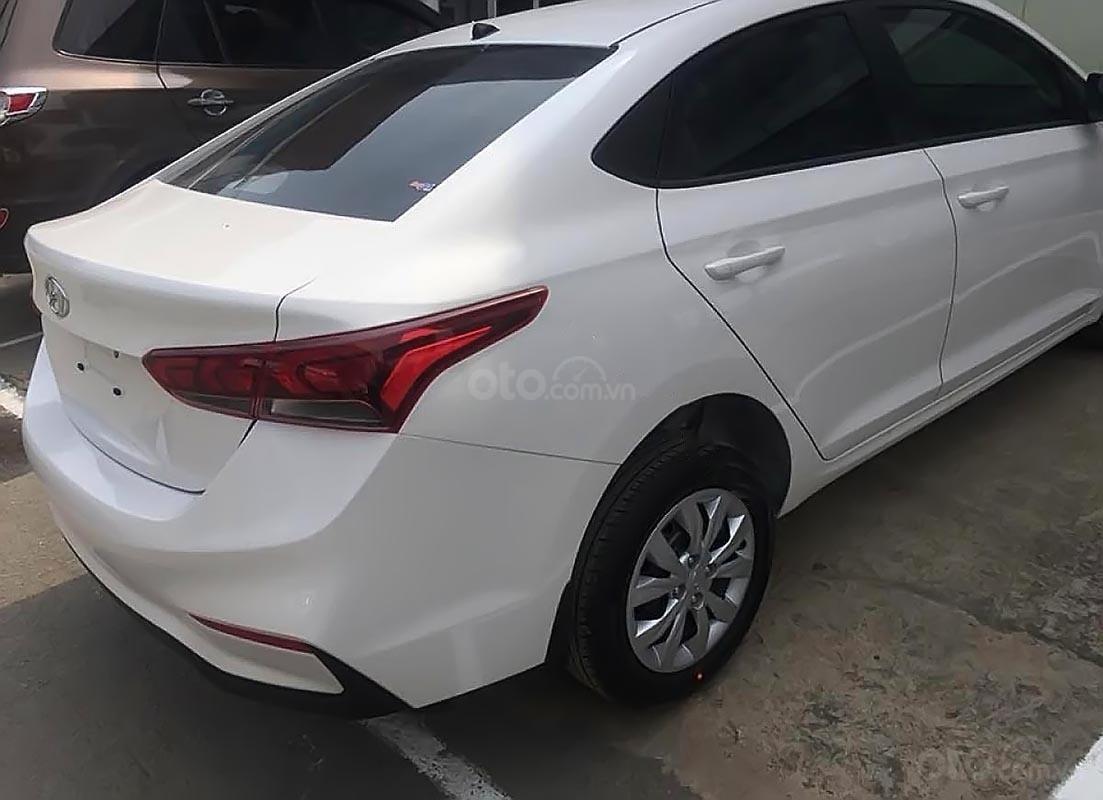 Bán Hyundai Aceent 2019 - Thiết kế trẻ trung, công nghệ hiện đại - Sedan, nội thất hiện đại-1