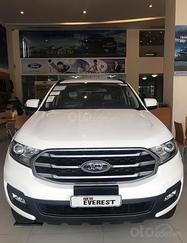 Bán Ford Everest 2018 hoàn toàn mới với thiết kế hiện đại, sang trọng, tiện nghi-0